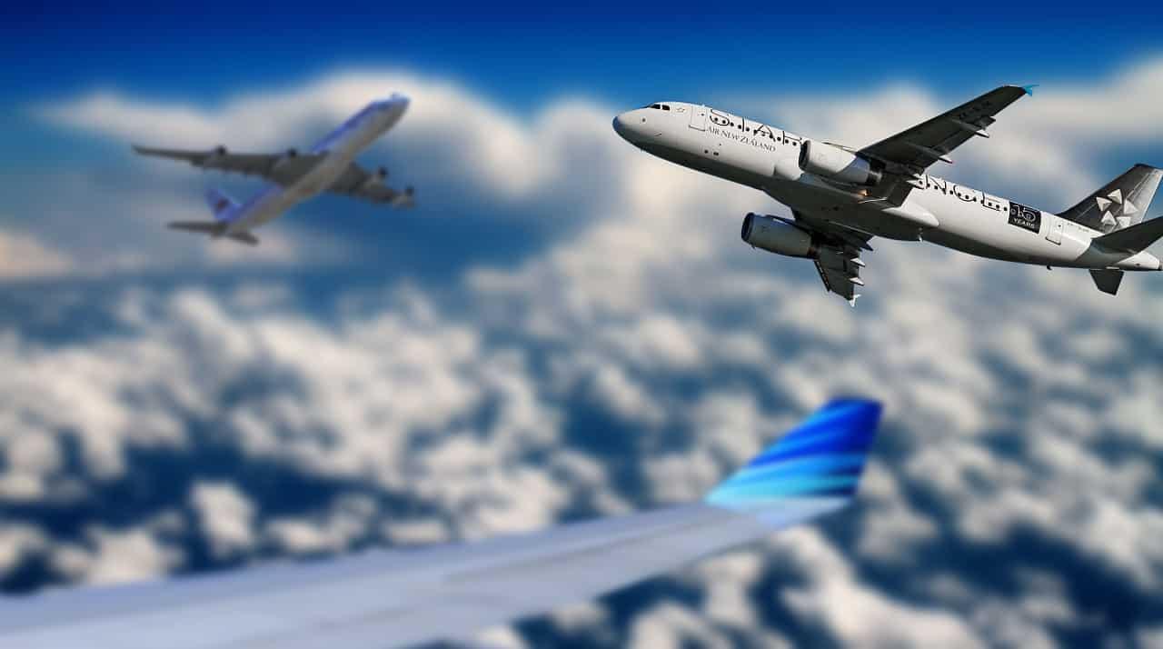 עננים ומטוסים