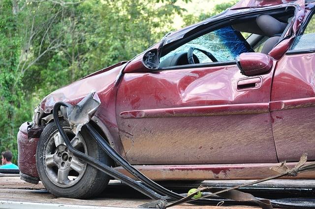 מהם השלבים לקבלת פיצויים לאחר תאונת דרכים